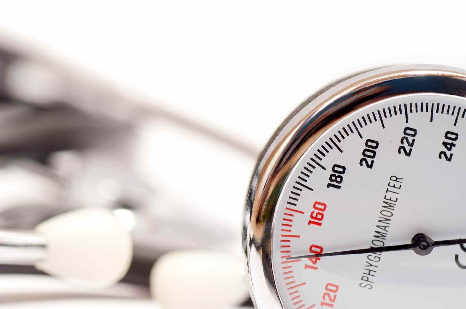 Read more about the article CBD w walce z nadciśnieniem